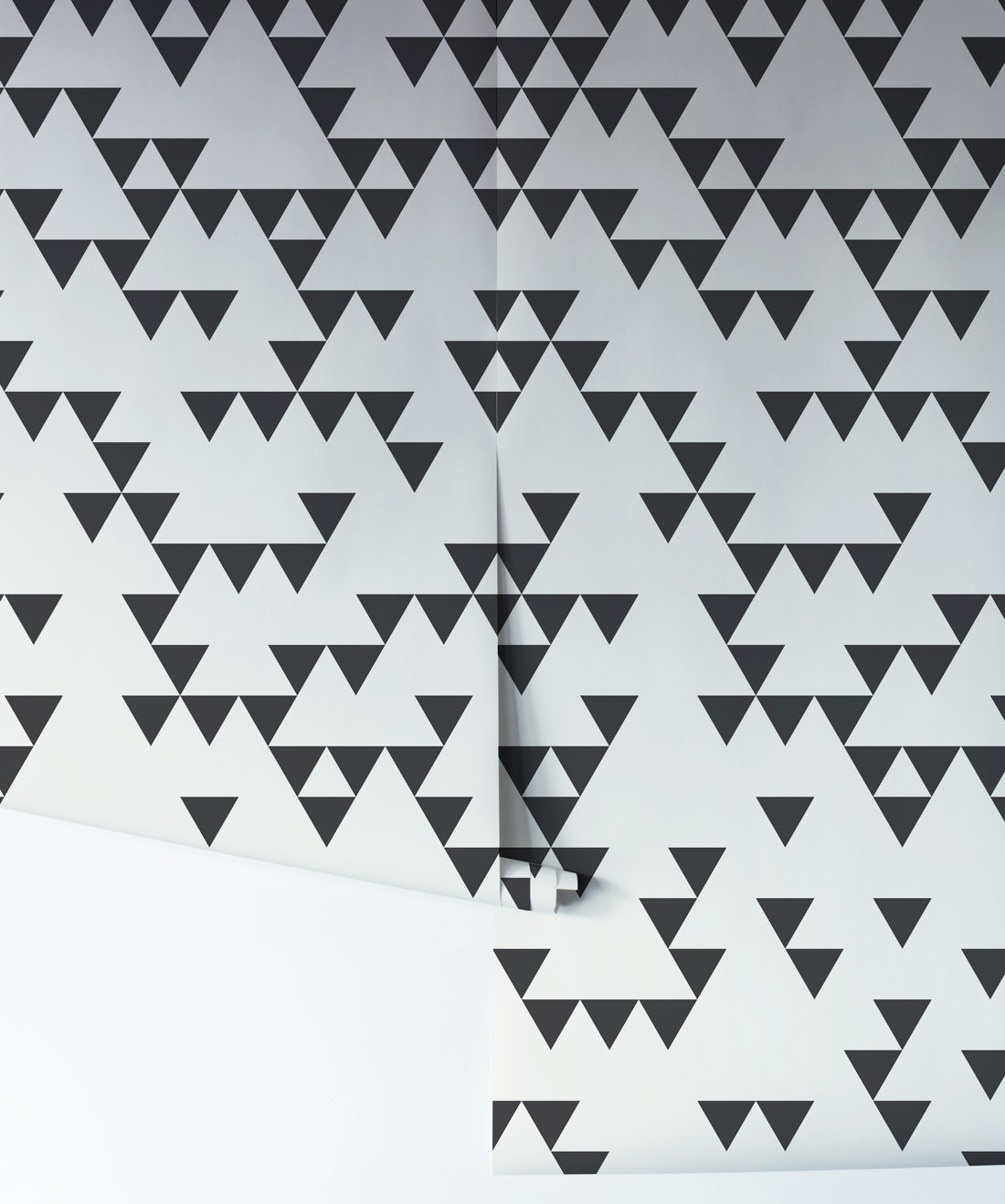 Fracture - Geometric Triangle Wallpaper